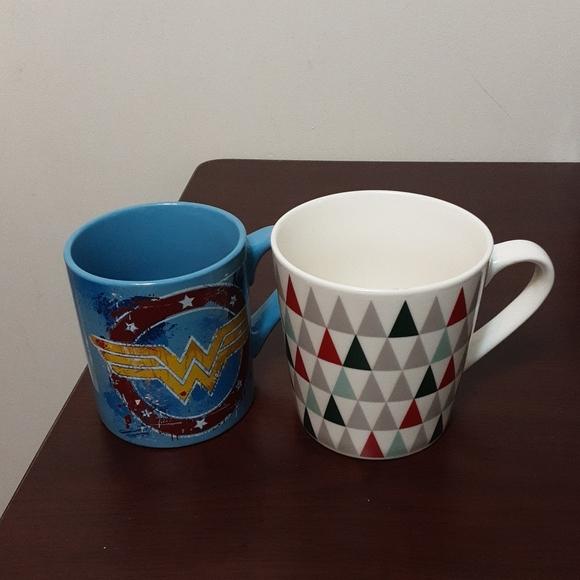 Wonder Women & Starbuck Mugs